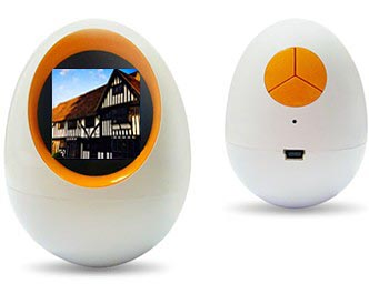image_13214_largeimagefile Round Digital Picture Frame Isn't Exactly Egg-cellent