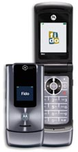 image_16067_largeimagefile Fido's Motorola W510: It's Like a RAZR, Only Shinier