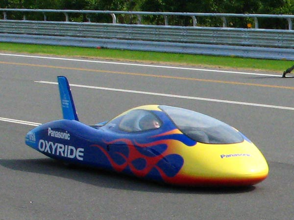 image_16444_superimage Electric Car Goes Over 100km/h Powered by AA Batteries