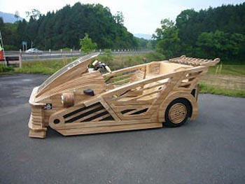 image_16771_largeimagefile Video: A Fully Functional Car Made Out of Wood