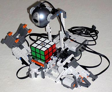 image_17416_largeimagefile Video: Automatic Rubik's Cube Solver by Lego NXT