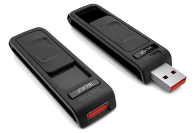 image_1931_largeimagefile SanDisk Flash Drive Backs Up with Single Button