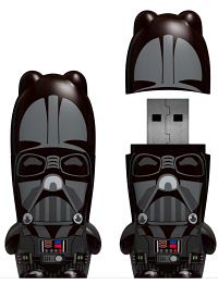 image_27630_largeimagefile Darth Vader reduced to a USB thumb drive
