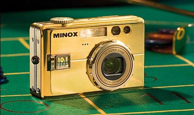 image_29348_largeimagefile Minox DC1101 gets plated in 24K gold
