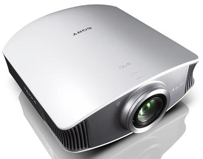 image_29533_largeimagefile Sony projector boasts 15,000:1 contrast ratio
