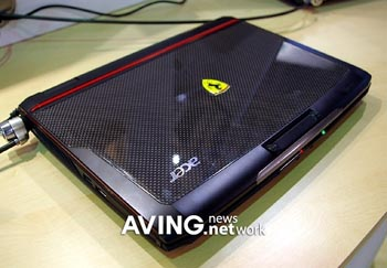 image_29682_largeimagefile Vrooom: Acer goes to Ferrari for 12.1-inch laptop
