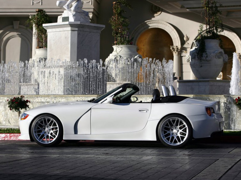 image_34228_largeimagefile TC Kline wraps BMW Z4 M roadster in carbon fiber, losing 400 lbs