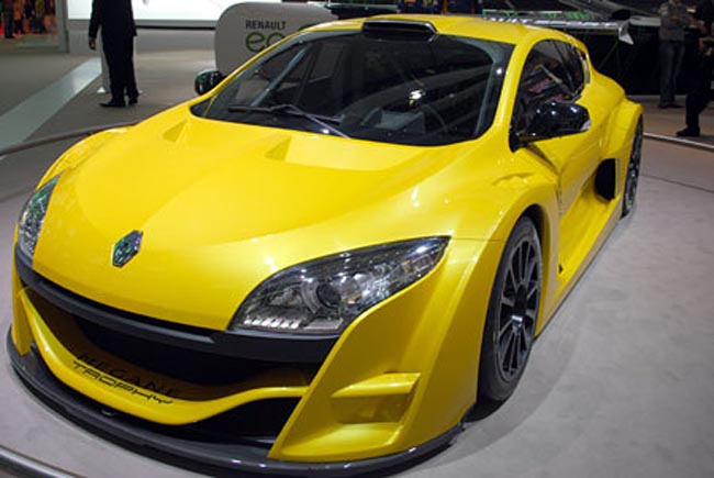 image_3810_superimage  Renault Megane Trophy Concept Declares That It's So Sporty