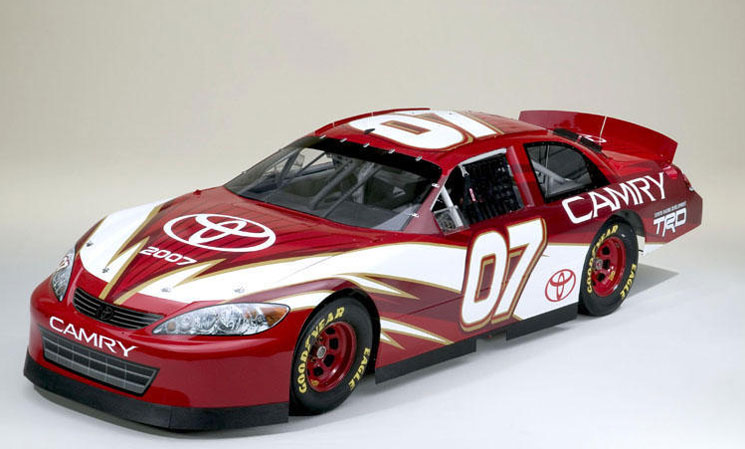 image_41935_superimage Toyota Camry now in NASCAR