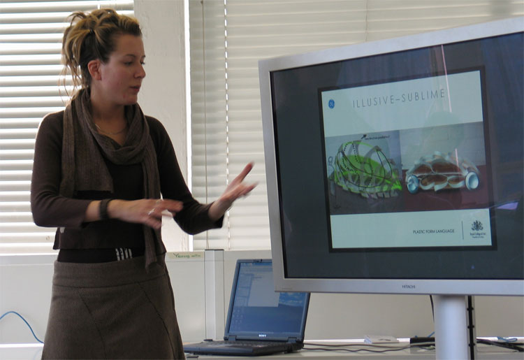 image_42002_superimage GE harnessing creativity of students to design plastic cars