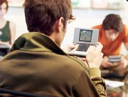 image_44840_largeimagefile Gamers go krazy for  Mario Kart DS Wi-Fi