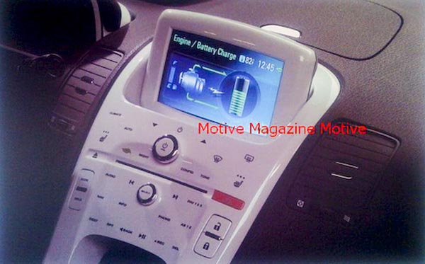 image_4906_superimage Center Console on Chevy Volt is Touch-Sensitive, Glossy White