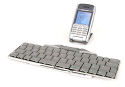 image_51992_largeimagefile Review: Think Outside Stowaway Universal Bluetooth Keyboard