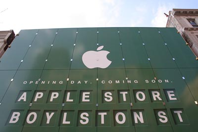 image_8106_largeimagefile The Biggest Apple Store in the World Opening in Boston