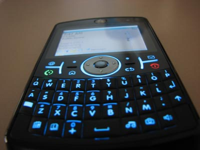 image_9040_largeimagefile REVIEW: Motorola Q9h Windows Mobile Smartphone from Fido