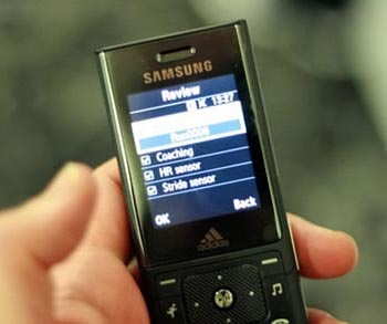 image_9883_largeimagefile Samsung Formally Announces F110 Fitness Phone From Adidas