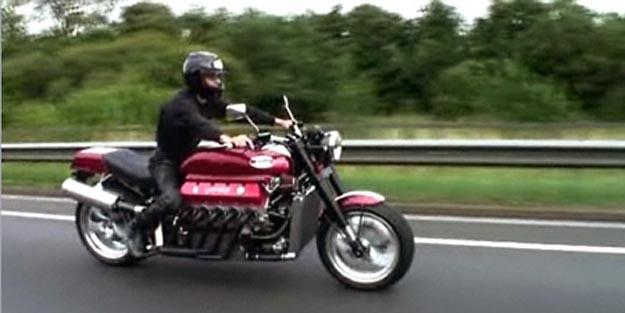 Millyard Viper V10 Motorcycle Rocks 500 Ponies