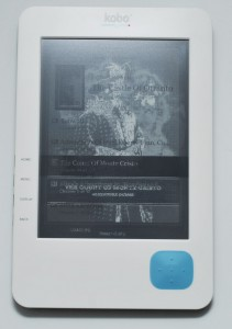 The Kobo eReader's E-Ink display caught in between refreshes - Photo: Mobile Magazine