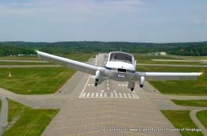 terrafugia-transition-runway-mid