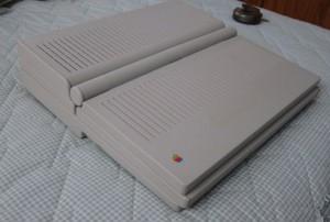 1989-apple-portable-laptop2