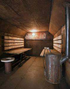 Vostok Cabin by Atelier Van Lieshout-2