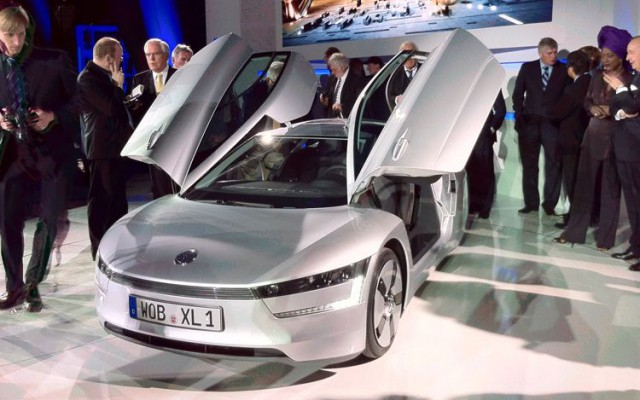 volkswagen-xl1-concept-front-three-quarters-view