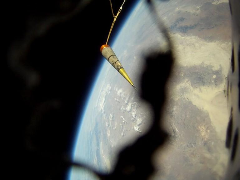 qu8k-rocket-derek-deville-1