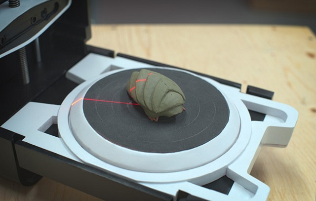 Photon 3D Scanner Finishes Its Task In 3 Minutes; Costs Just $443 (Video)