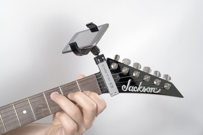 130815-guitar1